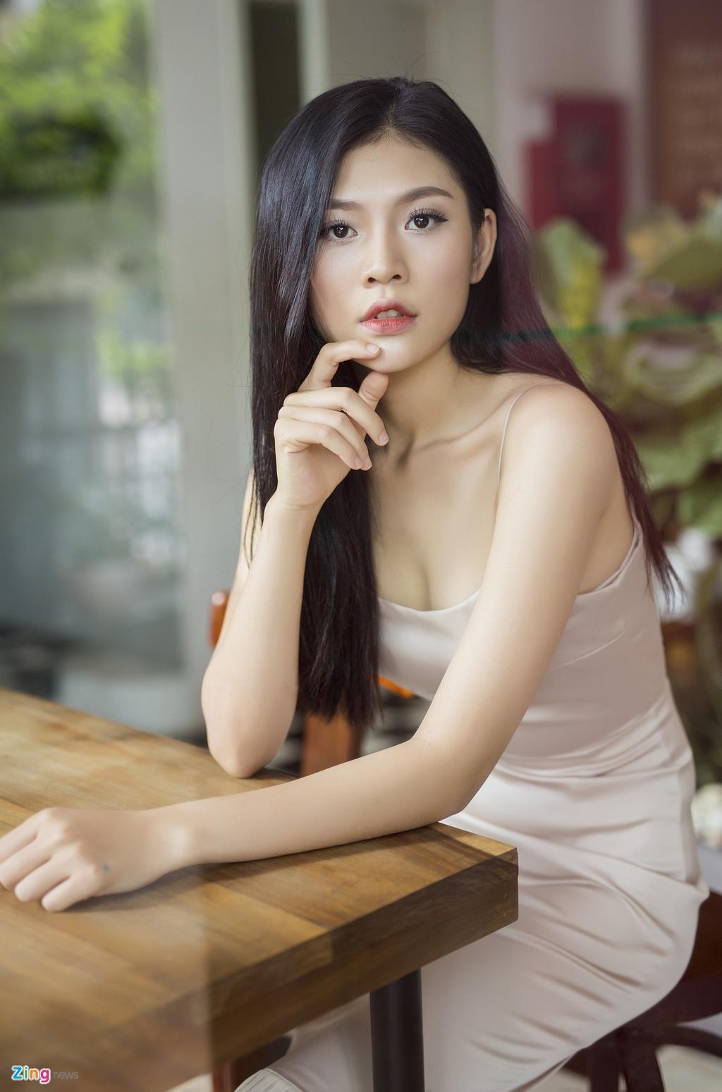 Chung Huyen Thanh: 'Toi co nhieu diem manh hon Hoang Thuy o HHHV' hinh anh 1