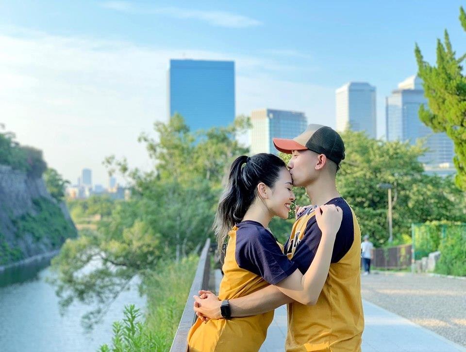 Ban gai Anh Vu 'Ve nha di con': 'Toi da ly hon va co hai con rieng' hinh anh 3