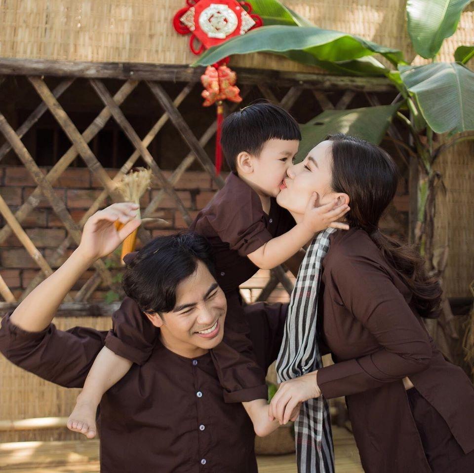 Khoanh khac Ngoc Lan - Thanh Binh thoi con man nong hinh anh 14