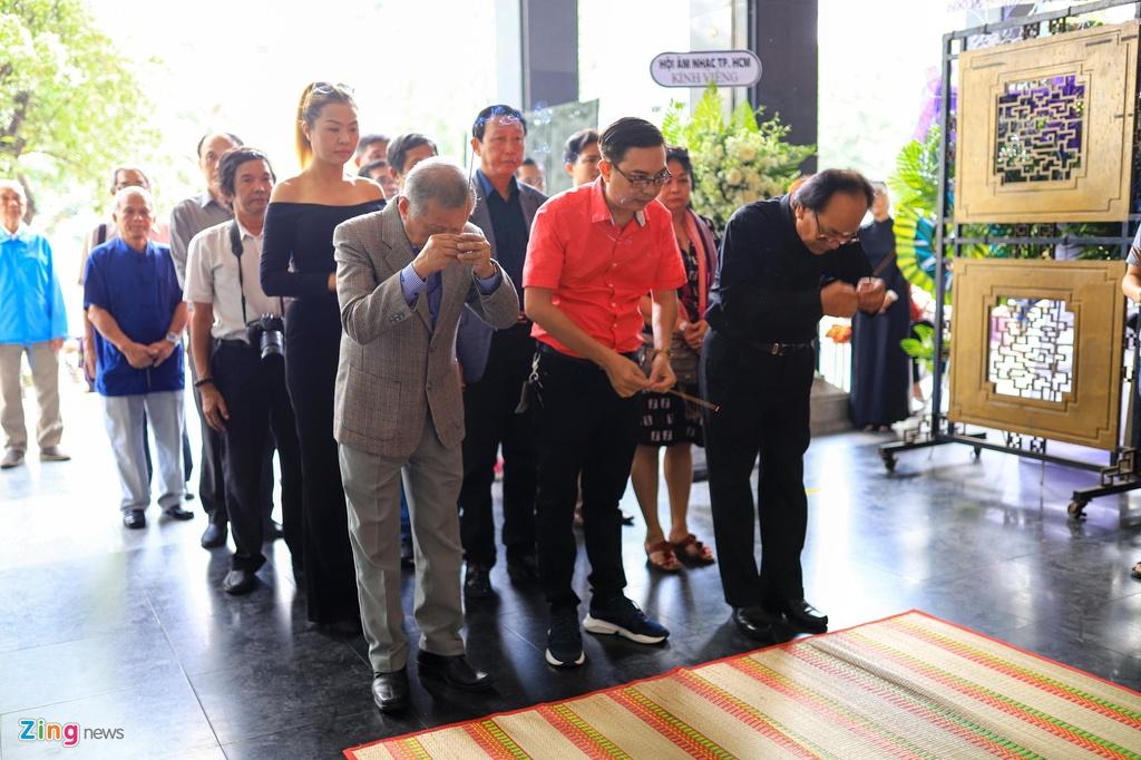 NSND Kim Cuong, Tran Hieu den vieng nhac si Nguyen Van Ty hinh anh 2 vantyyyyy_zing.jpg