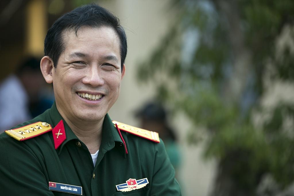 Huyen dao Ly Son: Cap doi giay phep lai xe giua bien khoi hinh anh 11