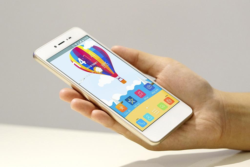 Dap hop LAI Yuna X: Smartphone voi nut selfie chuyen biet hinh anh 4