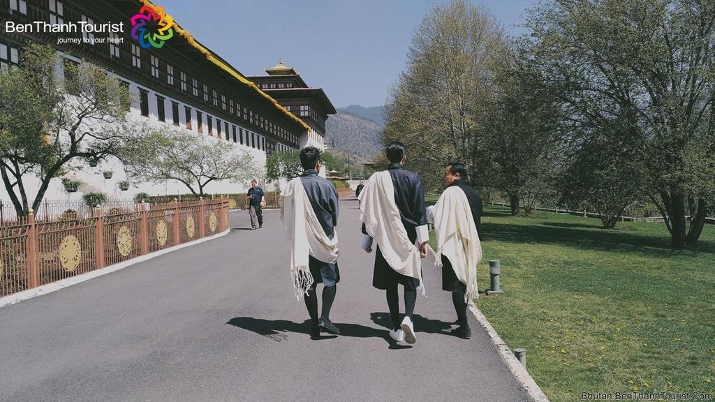 MC Phan Anh: 'O Bhutan, ngay nao toi cung thay than tam an lac' hinh anh 5