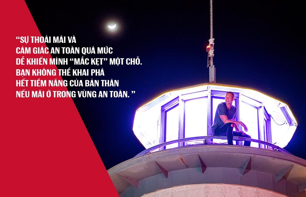 TK Nguyen - chu nhan dien trai cua skybar cao nhat Nha Trang hinh anh 3
