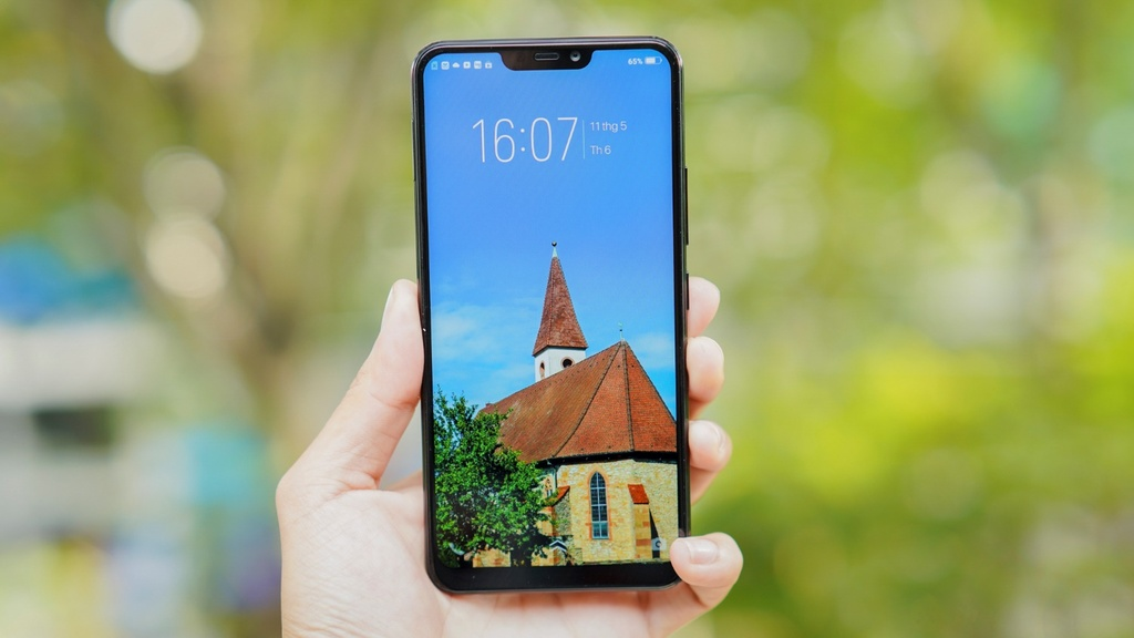 Vivo Y85: Smartphone duoi 6 trieu co camera kep, man hinh tran vien hinh anh 1
