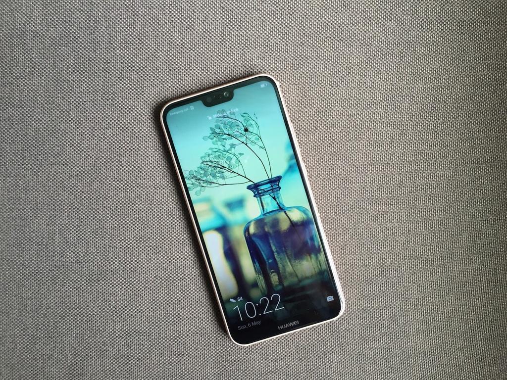 Can canh Huawei Nova 3e phien ban mau hong hinh anh 7