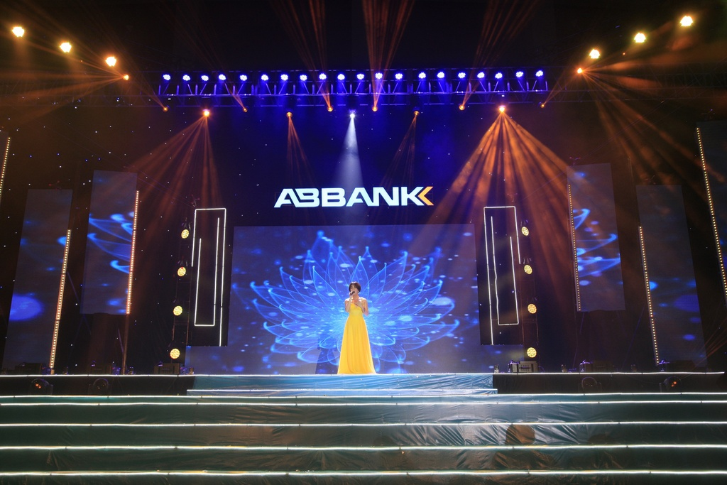 ABbank anh 4