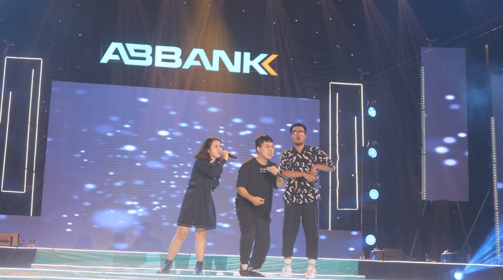 ABbank anh 6