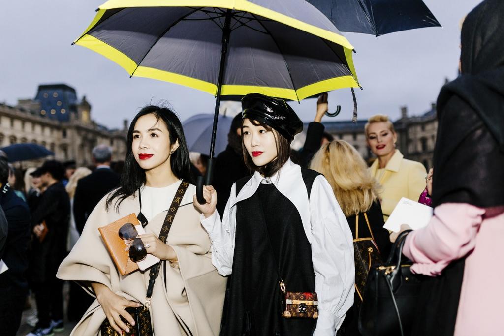 CEO Elise duoc Louis Vuitton moi du show xuan he hinh anh 3