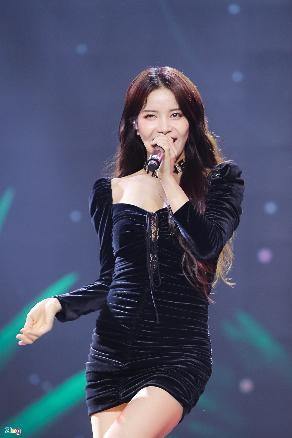 Ji Yeon va Soobin lan dau song ca trong dem nhac Viet - Han tai TP.HCM hinh anh 11