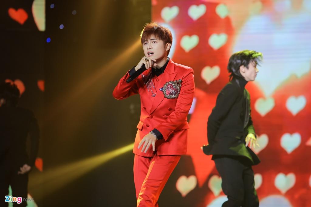 Ji Yeon va Soobin lan dau song ca trong dem nhac Viet - Han tai TP.HCM hinh anh 7