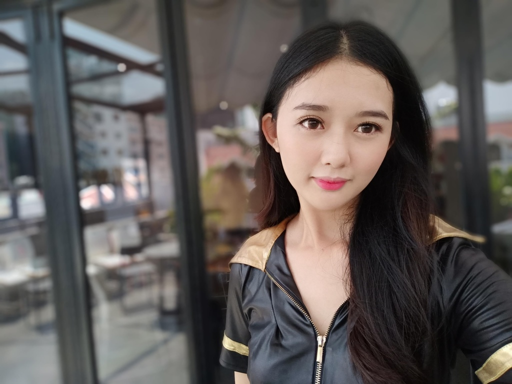 Oppo F11 anh 12