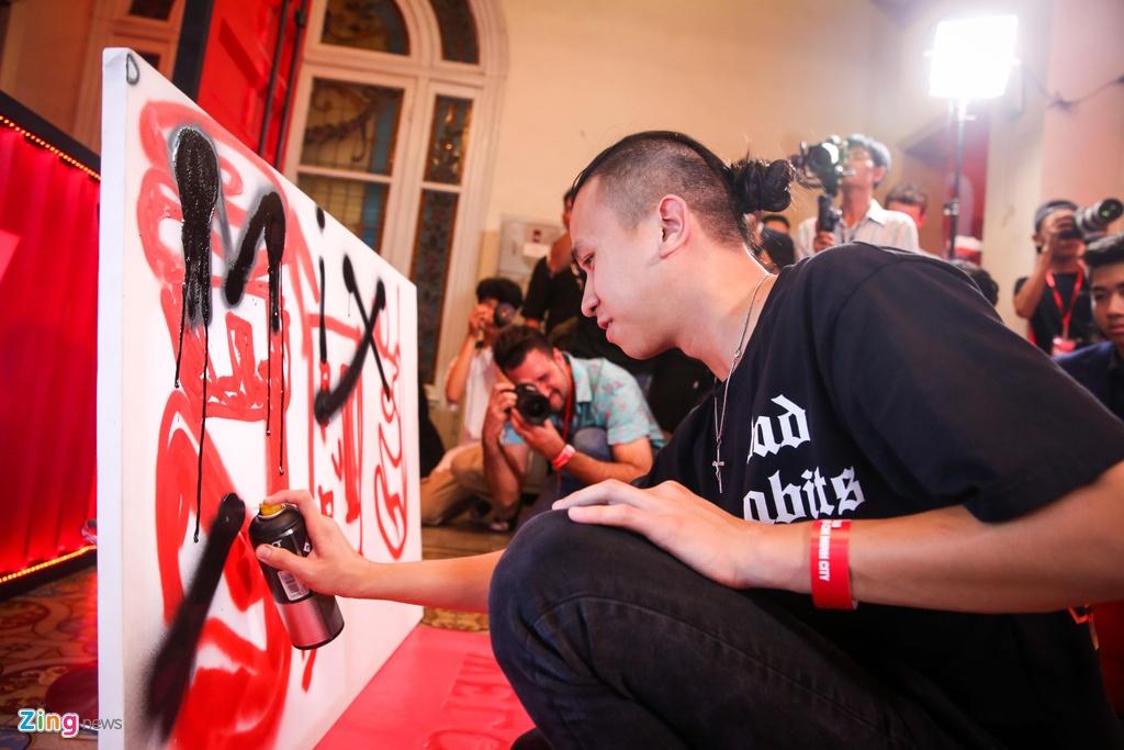 Danny Daos: 'Hai mat tot va xau cua graffiti luon song hanh voi nhau' hinh anh 9
