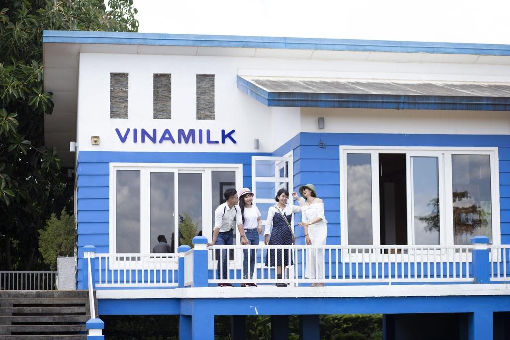 Ban da di het 'resort' bo sua dep quen loi ve cua Vinamilk? hinh anh 5