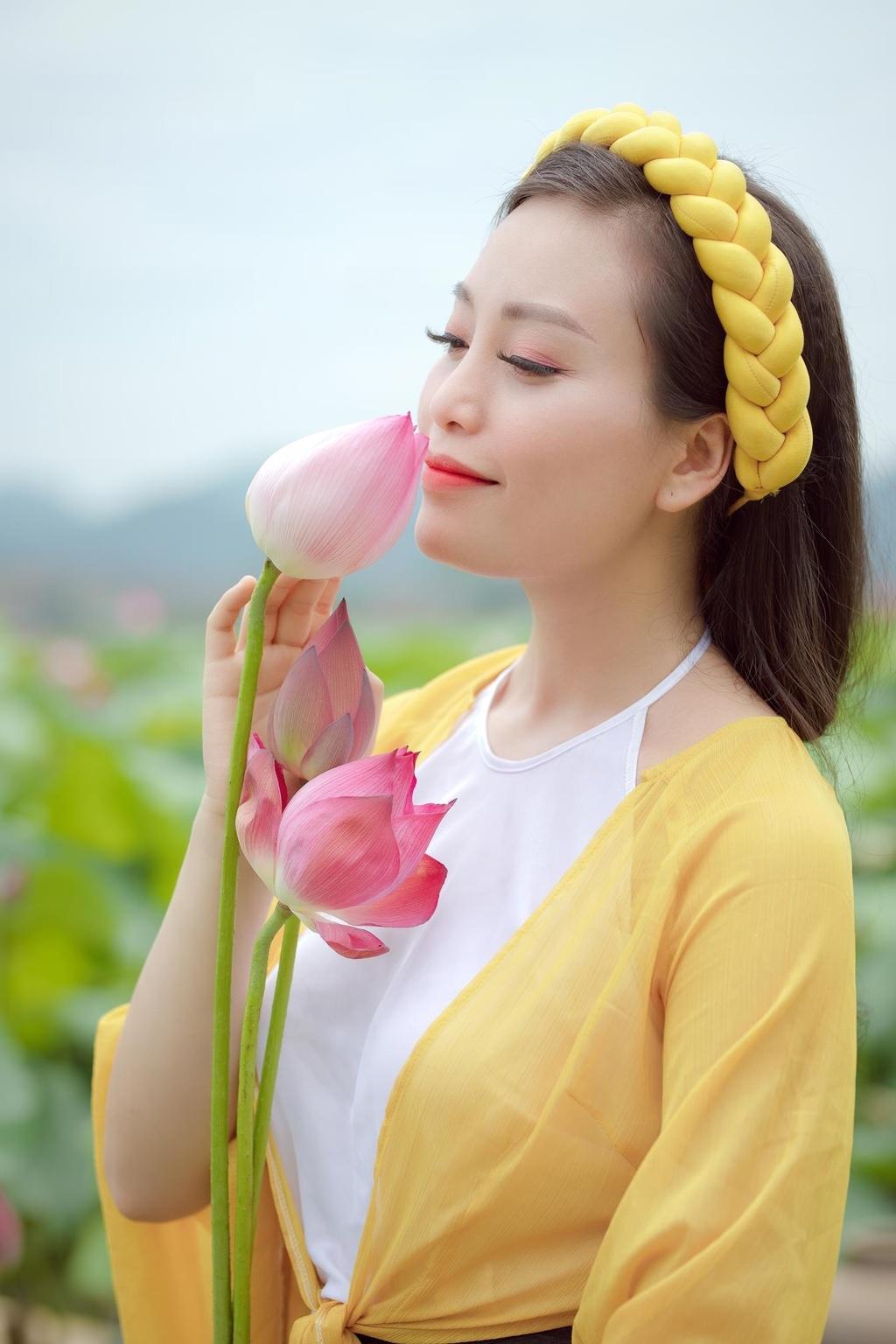 Ca si Huyen Trang anh 6