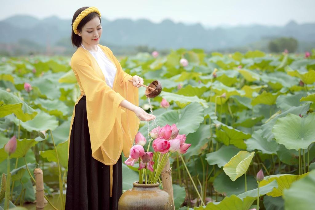 Ca si Huyen Trang anh 7
