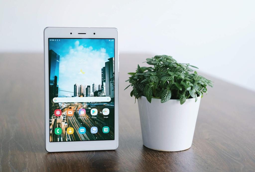 May tinh bang Samsung Galaxy Tab A8 anh 1