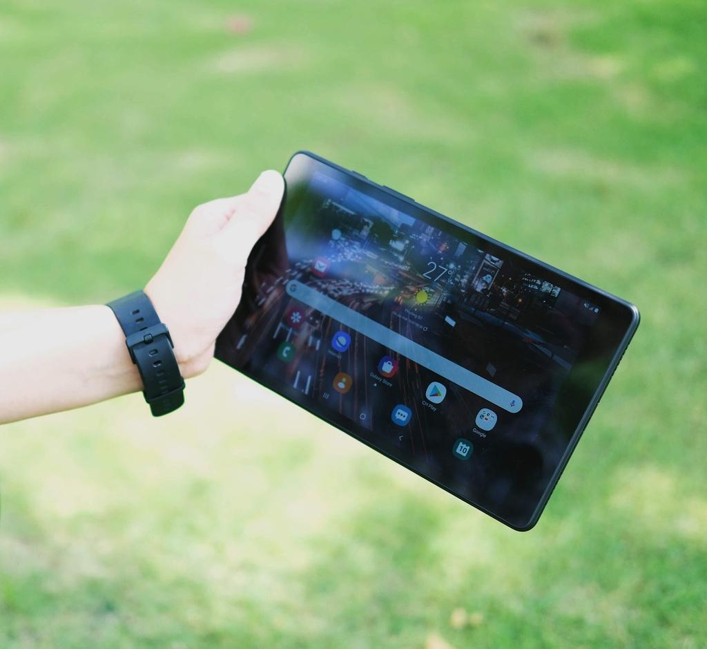 May tinh bang Samsung Galaxy Tab A8 anh 7