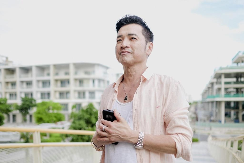 Hoang Yen Chibi tuyen bo co bau trong trailer 'Ngoi nha buom buom' hinh anh 6