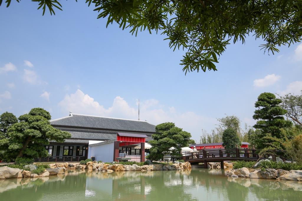 Toc Tien khoe dang tai le khai truong khu vuon mang van hoa Nhat Ban hinh anh 7