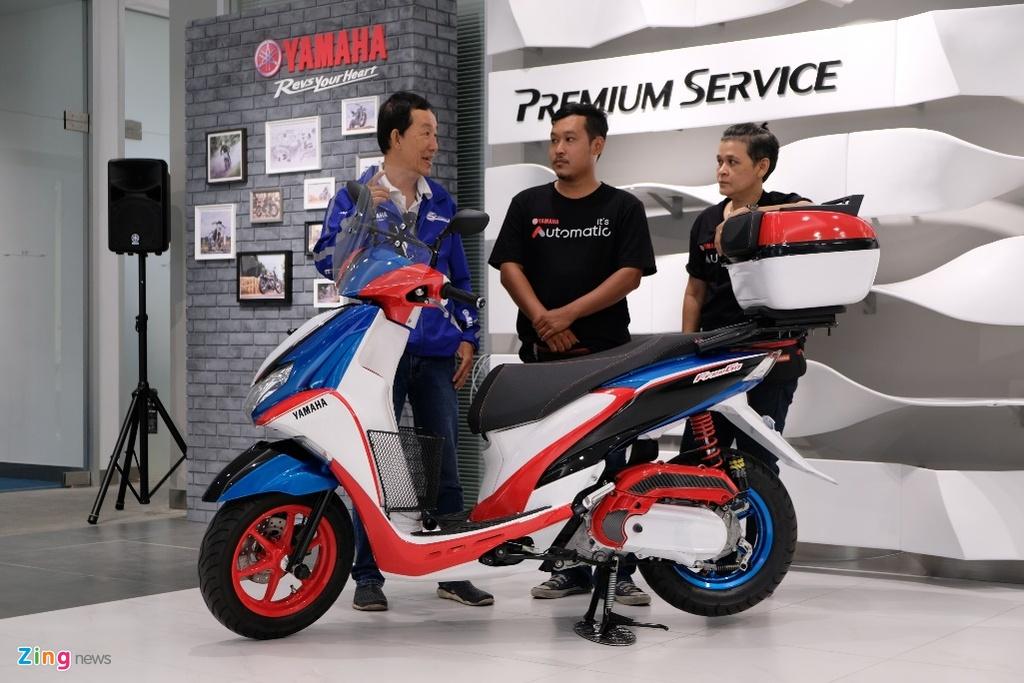 Doan xe tay ga Yamaha 'phuot' hon 1.000 km gap Valentino Rossi hinh anh 11