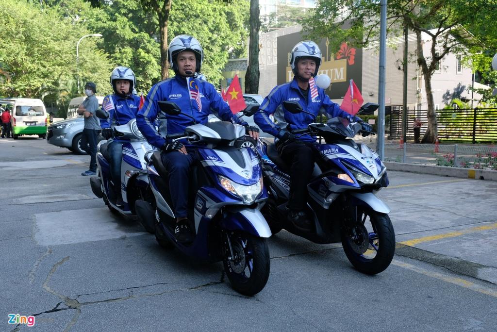 Doan xe Yamaha vuot mua lon, chinh phuc hon 500 km tai Malaysia hinh anh 5