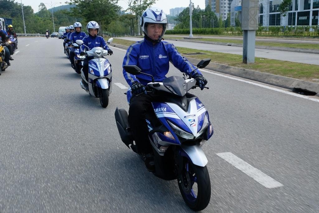 Hoan thanh 2.500 km, Yamaha chung minh xe tay ga khong chi de dao pho hinh anh 7
