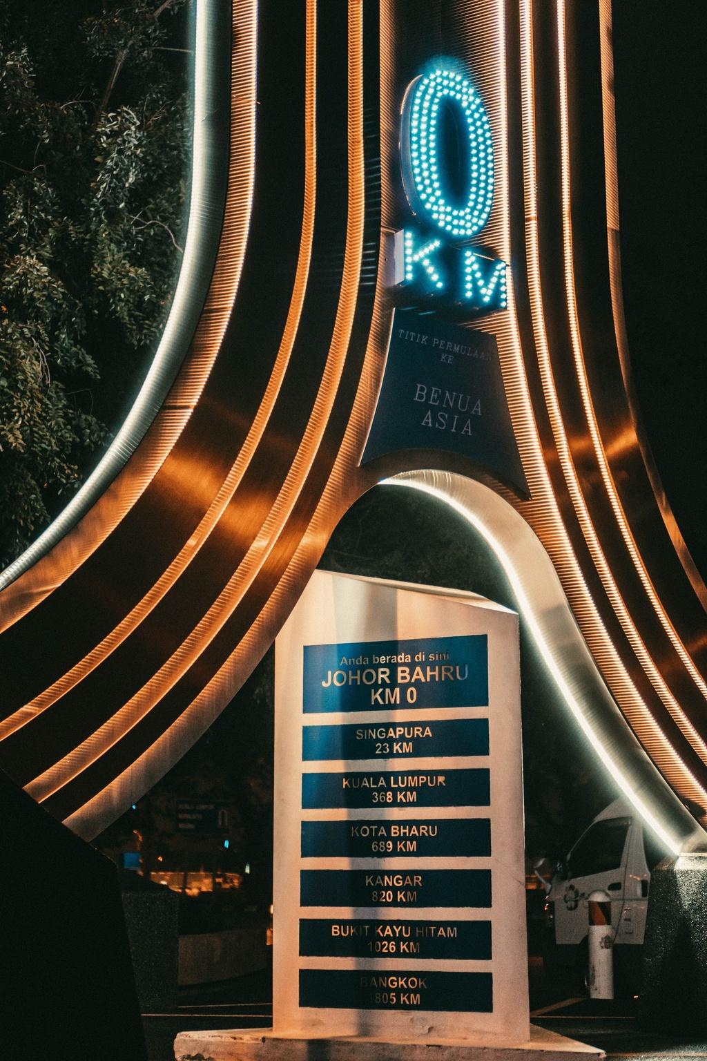 Travel blogger Gia Ngoc Hue diem danh 7 noi phai den o Johor Bahru hinh anh 13