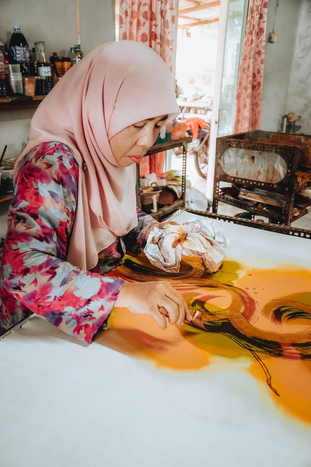 Travel blogger Gia Ngoc Hue diem danh 7 noi phai den o Johor Bahru hinh anh 2