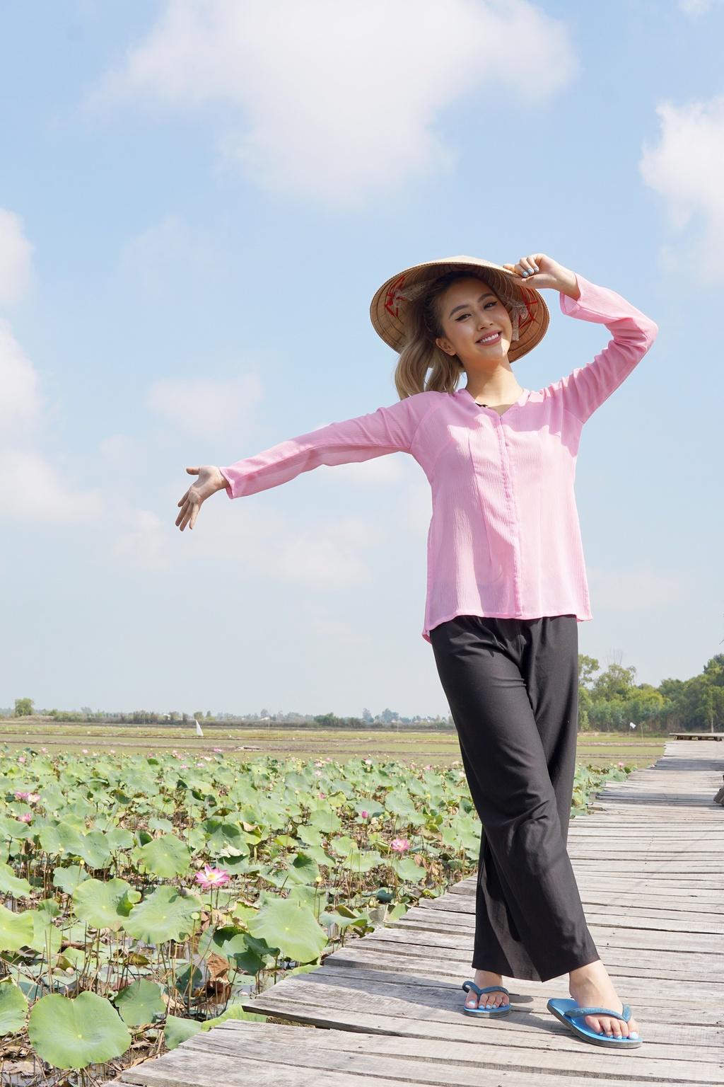 Quynh Anh Shyn tung vlog kham pha Dong Thap va Ha Long hinh anh 2 DSC0893.JPG