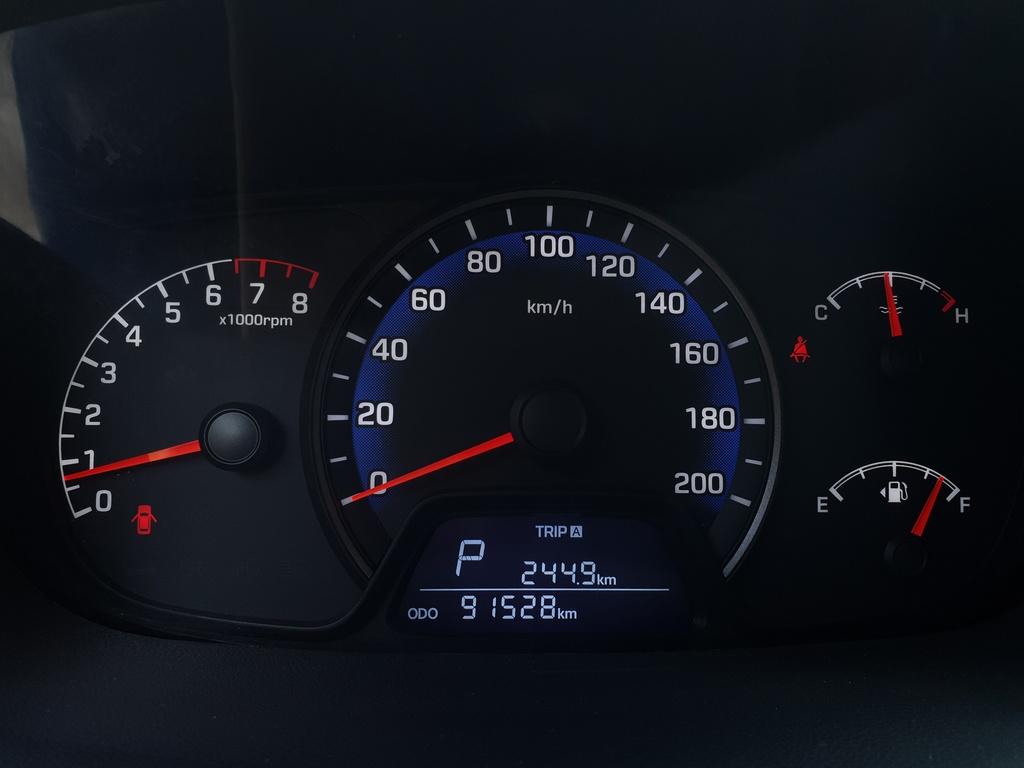 Hyundai Grand i10 qua 2 nam su dung, chay 90.000 km, con lai gi? hinh anh 15 Anh_21.jpg