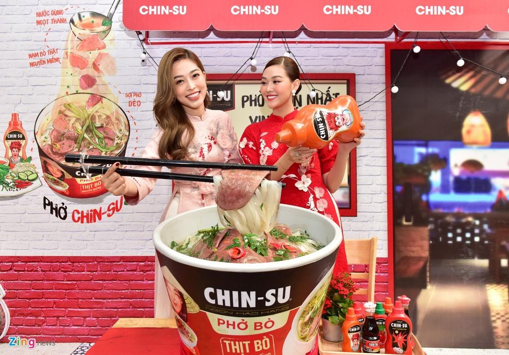 Bo tui diem check-in mua Tet cua Ninh Duong Lan Ngoc va nguoi dep Viet hinh anh 4 d_zing_chin_su.JPG