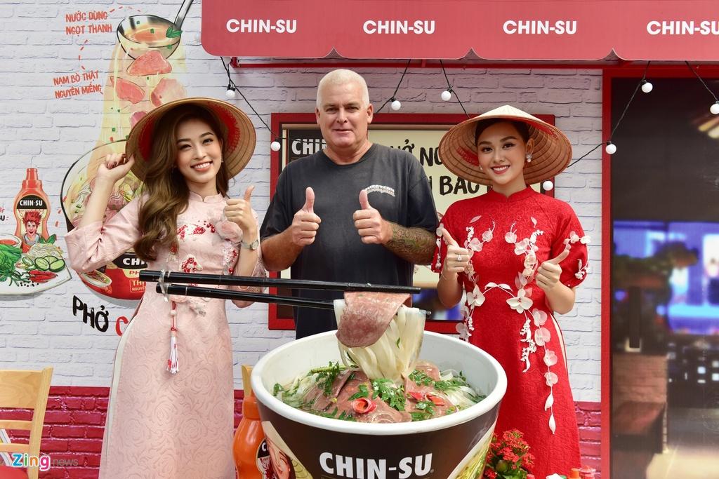 Bo tui diem check-in mua Tet cua Ninh Duong Lan Ngoc va nguoi dep Viet hinh anh 5 e_zing_chin_su.JPG