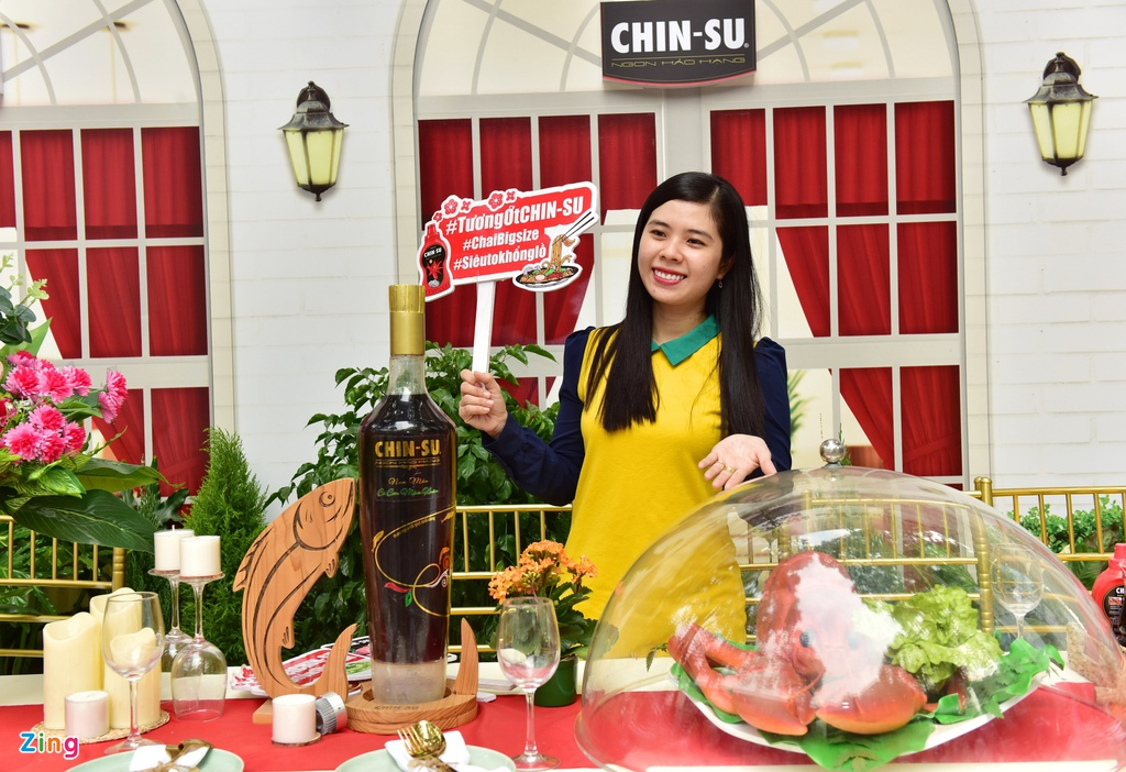 Bo tui diem check-in mua Tet cua Ninh Duong Lan Ngoc va nguoi dep Viet hinh anh 14 h_zing_chin_su.JPG