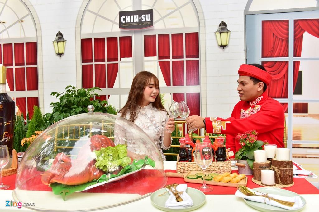 Bo tui diem check-in mua Tet cua Ninh Duong Lan Ngoc va nguoi dep Viet hinh anh 18 iiii_zing_chin_su.JPG