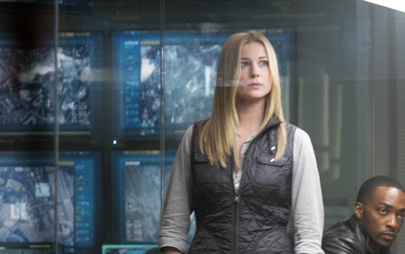 Nhung chi tiet thu vi an giau trong 'Captain America 3' hinh anh 4