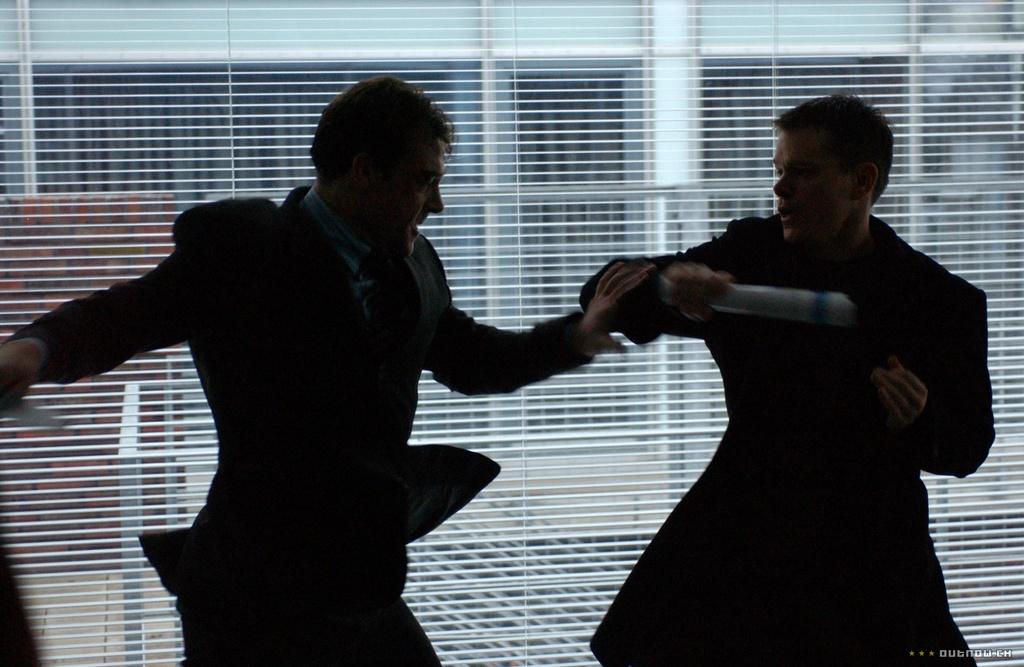 Gioi phe binh chia re vi 'Sieu diep vien Jason Bourne' hinh anh 4