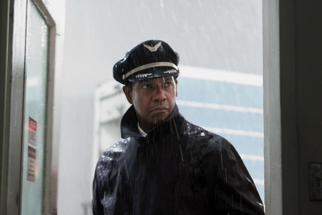 10 bo phim xuat sac cua ngoi sao da mau Denzel Washington hinh anh 1