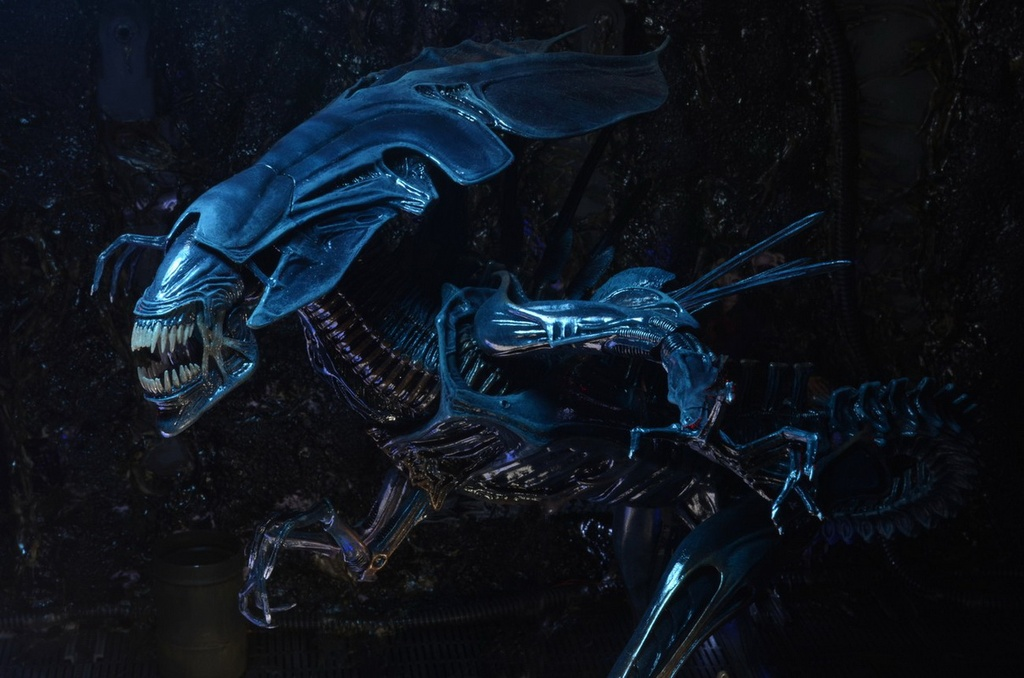 dong thoi gian phim Alien anh 4