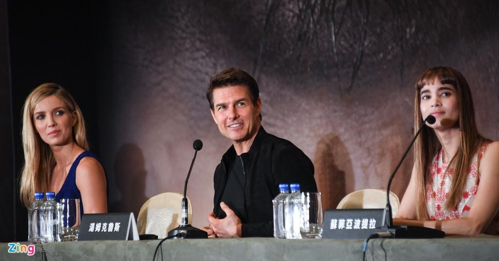 Tom Cruise khien my nhan trong 'Xac uop' phai tu dong canh mao hiem hinh anh 9
