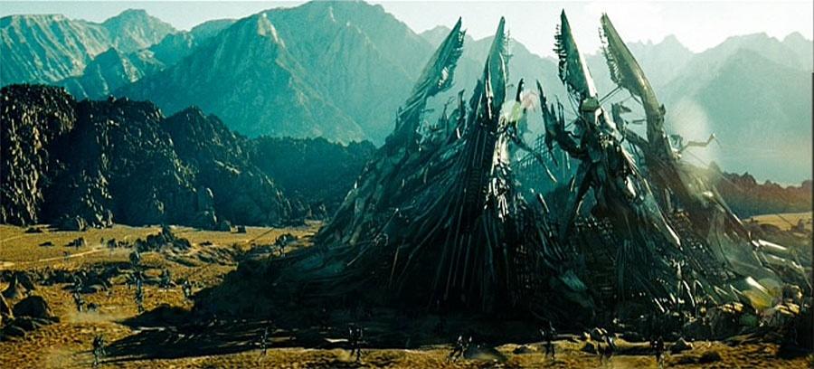 luoc su phim Transformers anh 2
