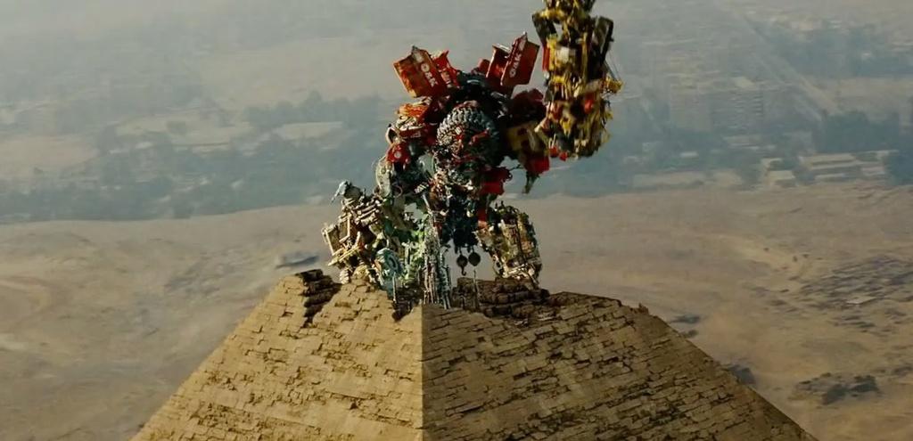 luoc su phim Transformers anh 4