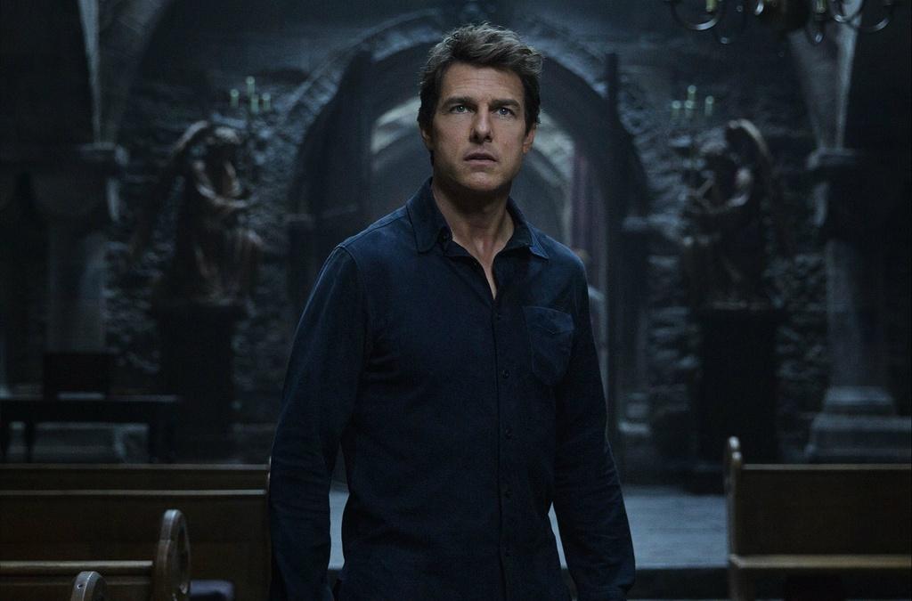 Tom Cruise day Vu tru Den toi vao the kho hinh anh 1