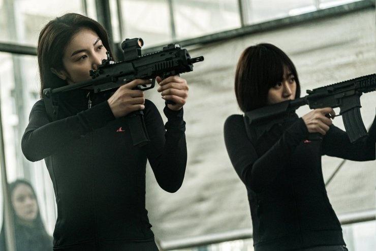 'Ac nu bao thu': Phim hanh dong dam mau 18+ cua xu kim chi hinh anh 2