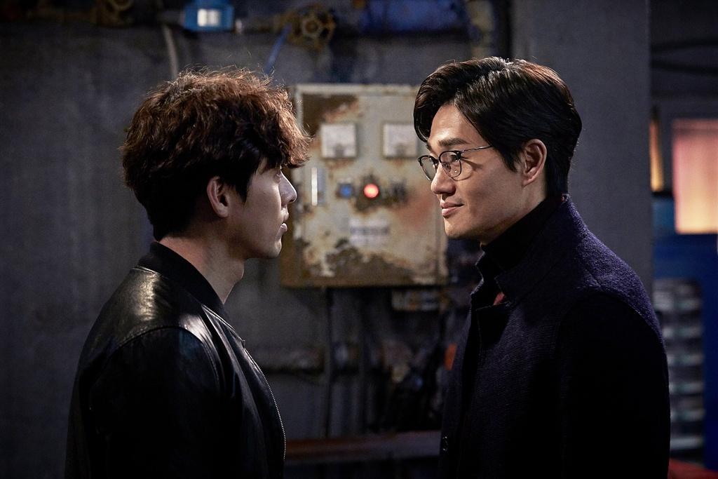 'Vong xoay lua dao' cua Hyun Bin: Tran chien can nao day hap dan hinh anh 3