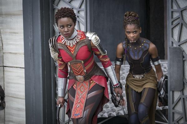 Loat chi tiet thu vi khan gia co the bo qua trong 'Black Panther' hinh anh 4