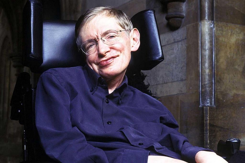 Hinh anh thien tai khoa hoc Stephen Hawking tren man bac hinh anh 1