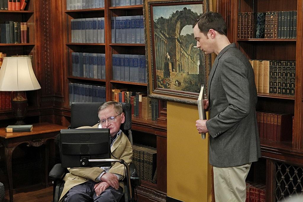 Hinh anh thien tai khoa hoc Stephen Hawking tren man bac hinh anh 7