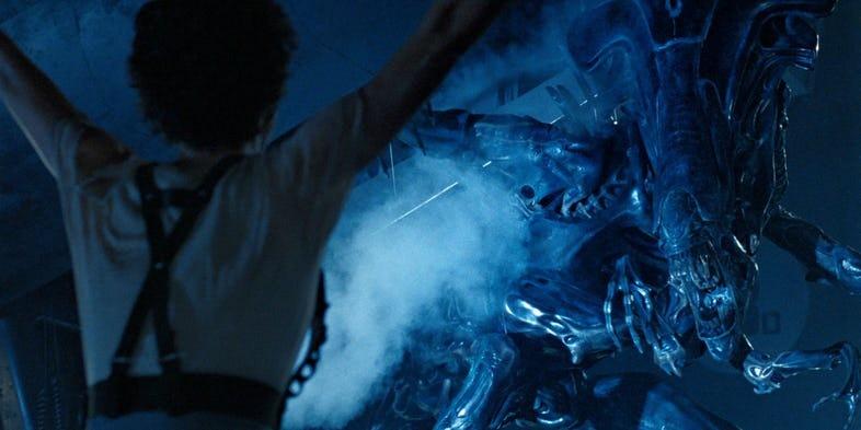 Loat chi tiet thu vi trong bom tan 'Avengers: Infinity War' hinh anh 8
