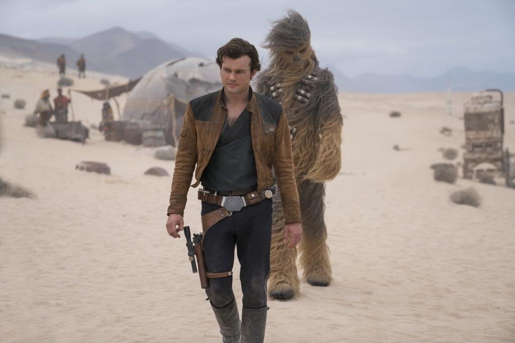 Loat cau hoi con bo ngo cua 'Solo: Star Wars ngoai truyen' hinh anh 7